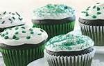 easy-green-velvet-cupcakes